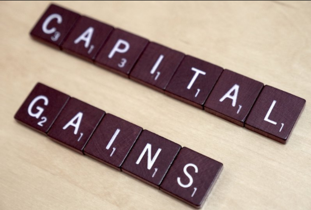 Capital Gain dan Capital Loss (Pengertian + Contoh)